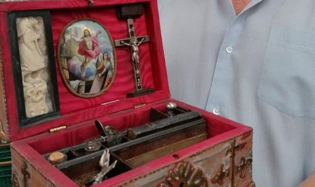 Mysterious 'vampire-slaying kit' including pistol and knife up for auction