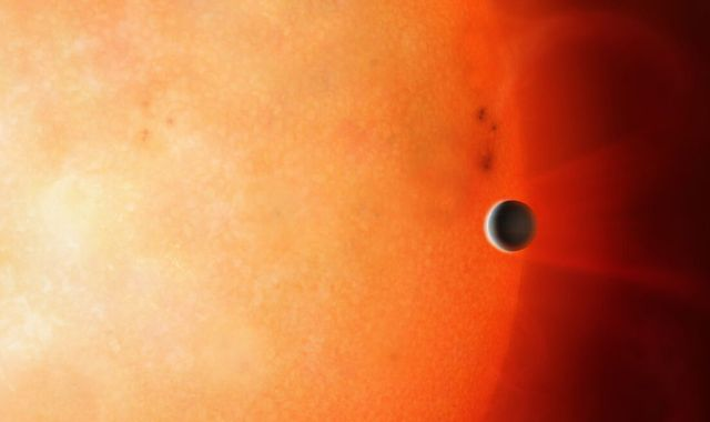 First ever glimpse of the core of a gas giant after one found orbiting distant star