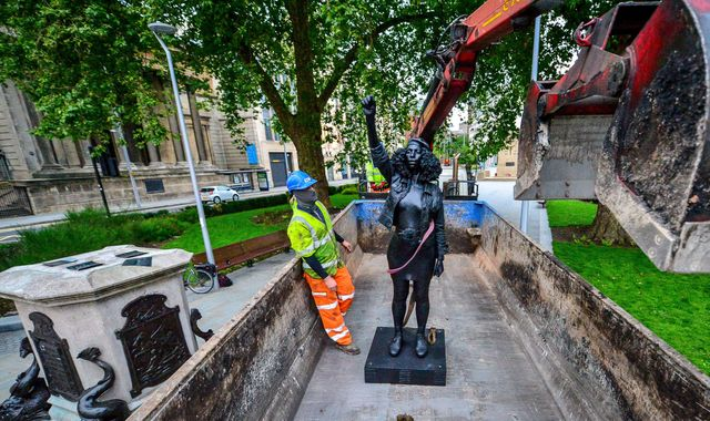Black Lives Matter protester statue that secretly replaced Edward Colston removed by Bristol Council