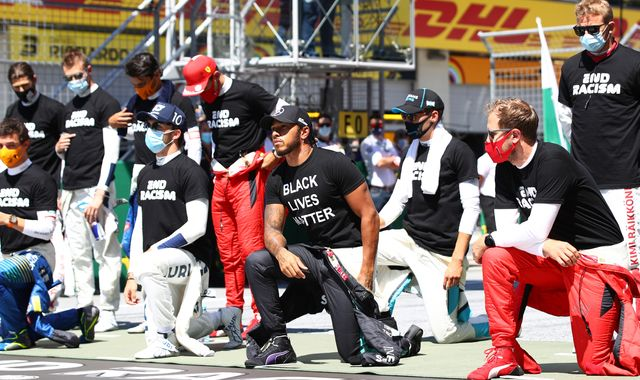F1 drivers explain different stances on taking a knee at Austrian GP
