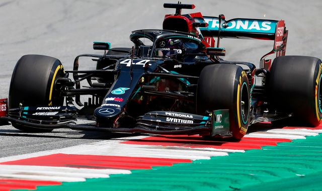 Austrian GP Practice Three: Lewis Hamilton ahead, Max Verstappen closer