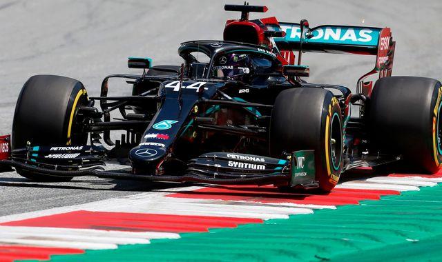 Austrian GP Practice Three: Lewis Hamilton ahead, Max Verstappen closer