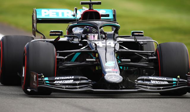 Lewis Hamilton makes 'difficult' start at windy and warm British GP