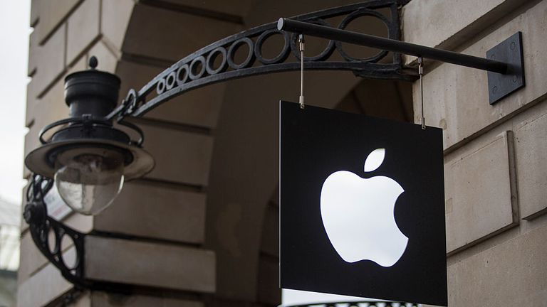 LONDON, ENGLAND - SEPTEMBER 29: The Apple logo sits on a sign outside company's Covent Garden store on September 29, 2016 in London, England. Technology company Apple has announced that Battersea Power Station, a Grade II listed building and former coal-fired power station, is to be its new London headquarters by 2021. The building, which has been unoccupied for decades, is currently undergoing a £9 billion restoration. (Photo by Jack Taylor/Getty Images)
