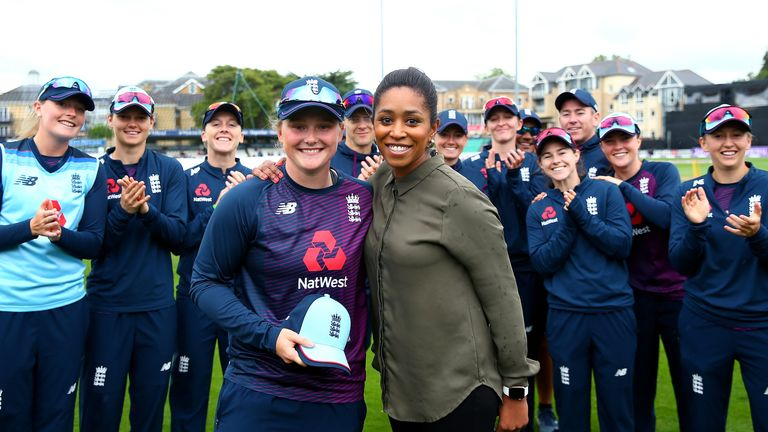 Ebony Rainford-Brent (R) with England's women's one-day team in 2019
