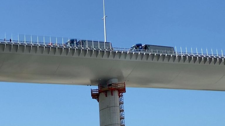 New Genoa bridge underwent static testing operations ahead of its inauguration