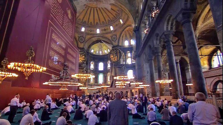 Turkey: Erdogan visits Hagia Sophia in Istanbul for Friday prayers ...