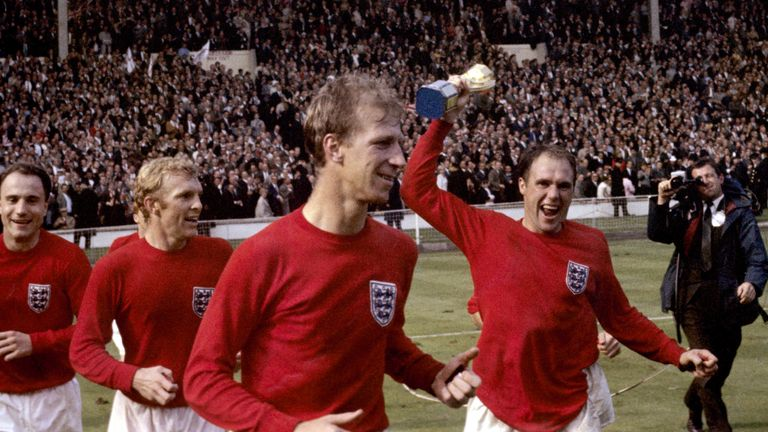 Jack Charlton (centre) celebrates winning the World Cup