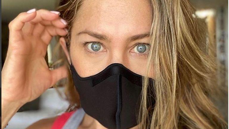 Jennifer Aniston has urged fans to wear masks. Pic: Instagram/ @jenniferaniston