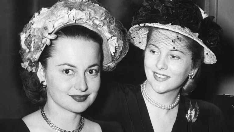 Olivia de Havilland and her sister Joan Fontaine