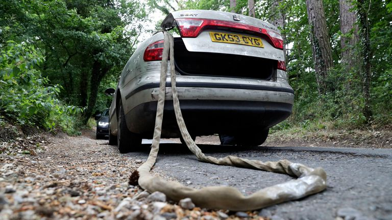 The Seat Toledo with tow rope