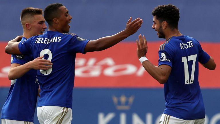 Ayoze Perez celebrates scoring for Leicester vs Sheffield United
