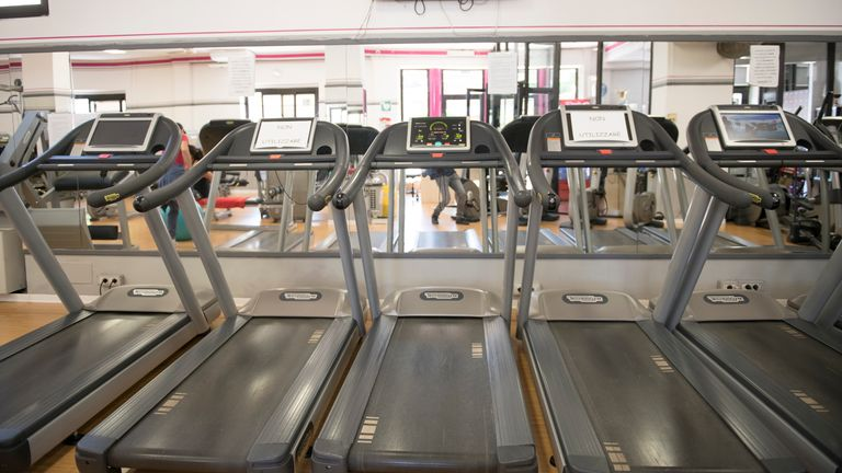 General  view of treadmills inside a gym