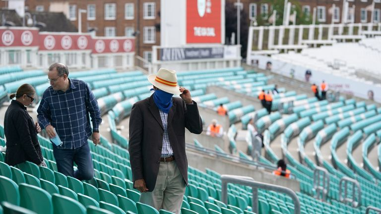Coronavirus: Surrey vs Middlesex sees fans returning to sport for first time in England – Sky Sports