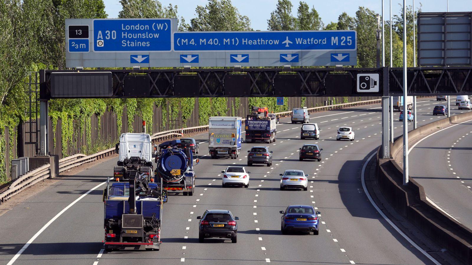 Coronavirus: Sadiq Khan quizzes Boris Johnson over plans to 'quarantine London inside M25'