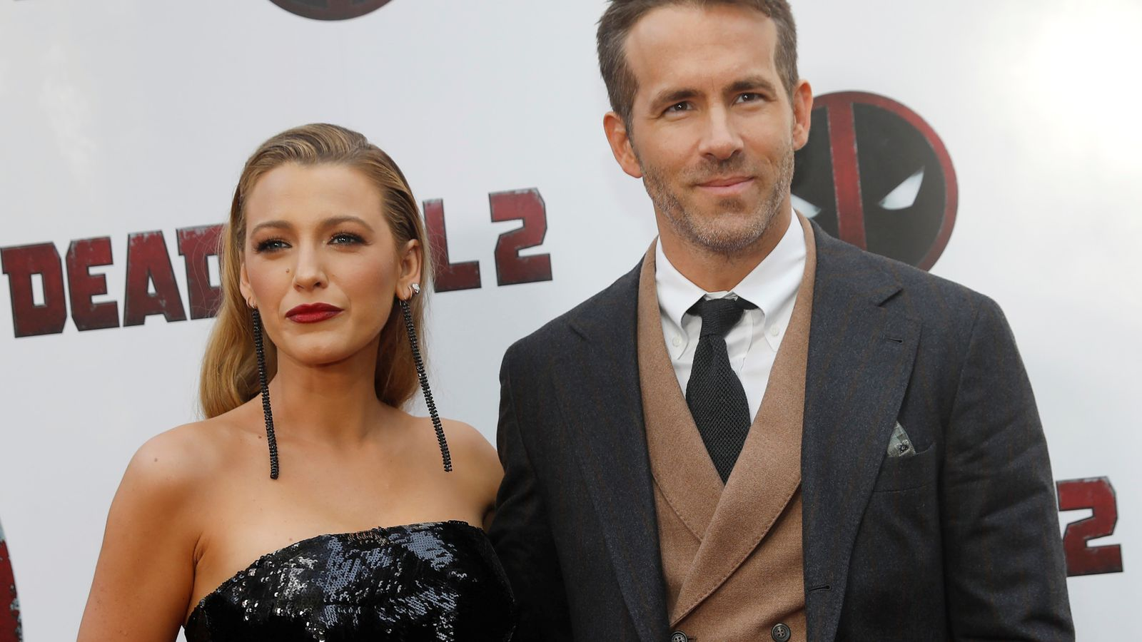 Ryan Reynolds 'deeply sorry' for wedding at former slave plantation thumbnail