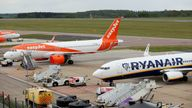 A Ryanair Boeing 737 and and an Easyjet Airbus A320
