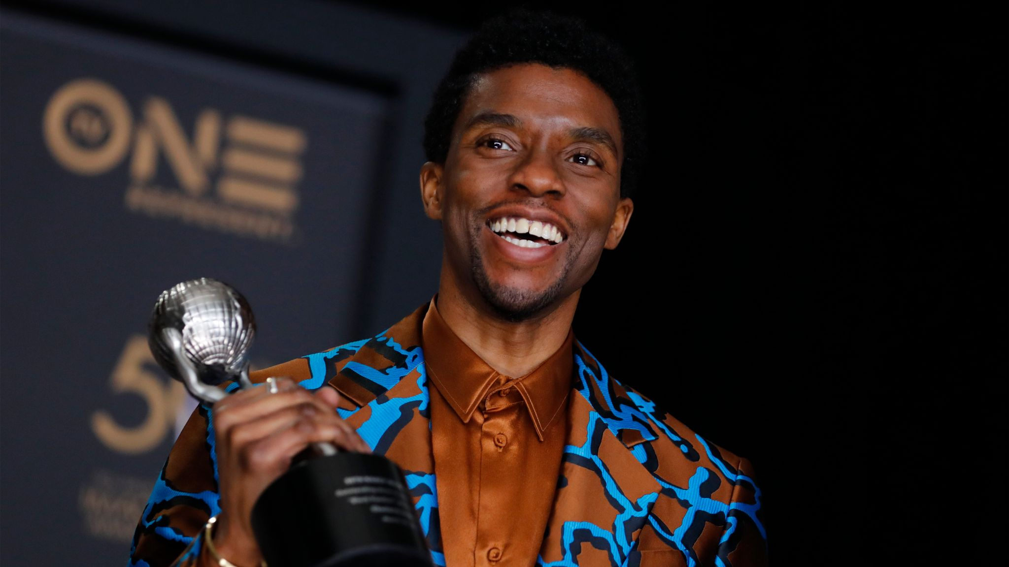Black Panther Star Chadwick Boseman Dies After Colon Cancer Battle Ents Arts News Sky News