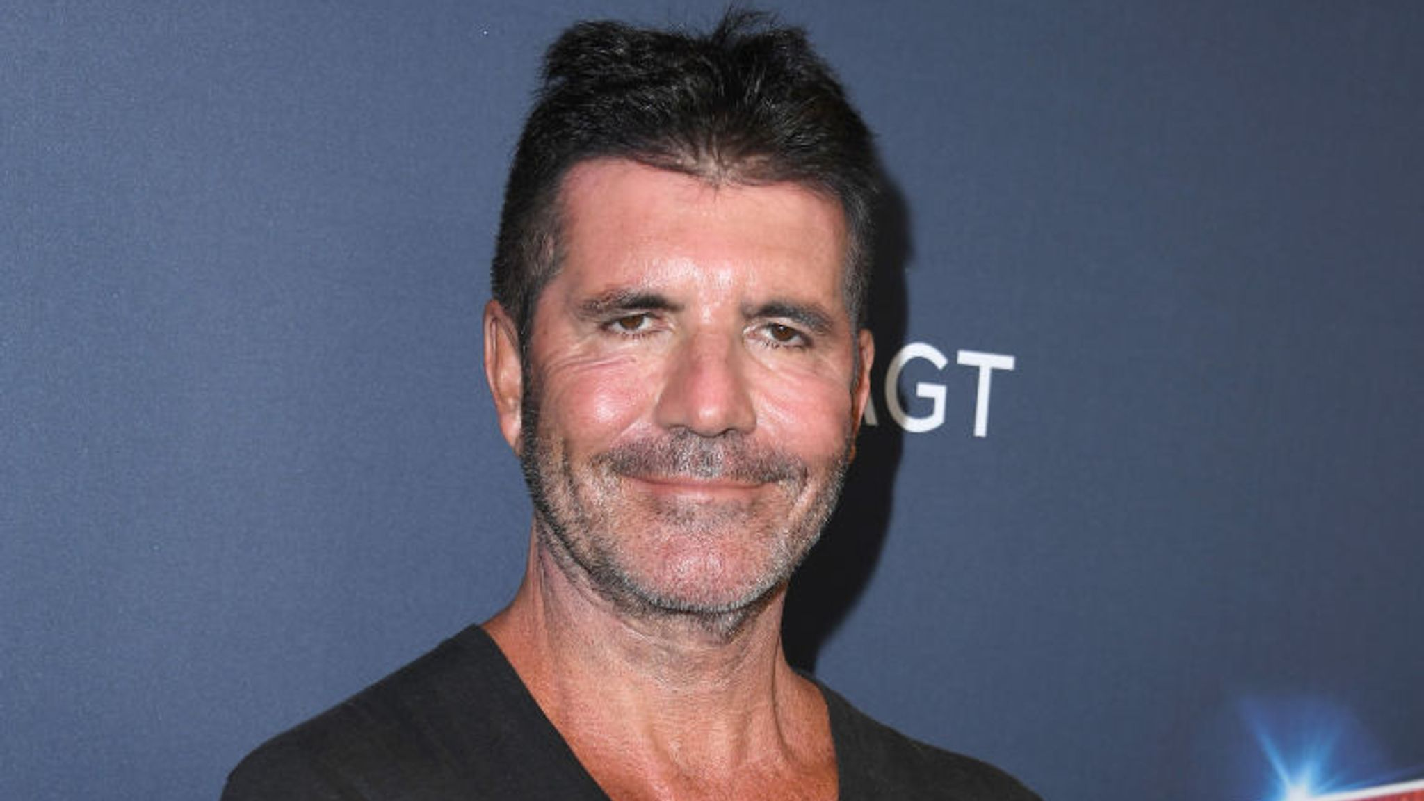 Simon Cowell Thanks Kelly Clarkson For Replacing Him On America S Got Talent After He Broke His Back Ents Arts News Sky News