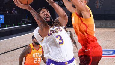 Davis tunes up Jazz for 42 points