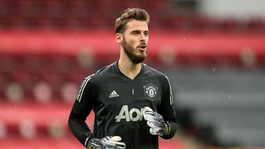 Neville expects Man Utd to start De Gea