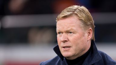 What are Koeman's issues at Barca?