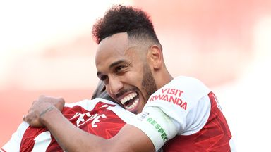 Sanderson: Keeping Aubameyang is key