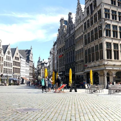 Antwerp urges visitors to stay away after new spike in cases