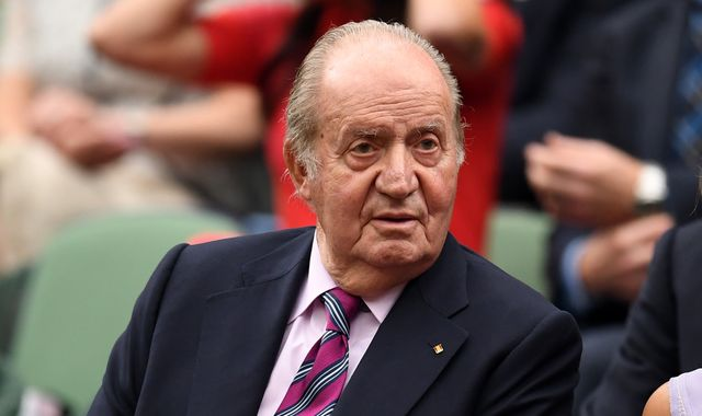 Juan Carlos: Spain's former king 'staying at a luxury hotel in Abu Dhabi'