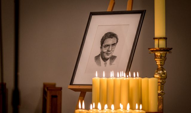 John Hume: Messages from Pope Francis, Dalai Lama and Bono read at funeral of Northern Ireland politician