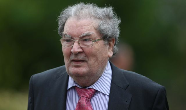 John Hume: Former SDLP leader and Nobel Peace Prize winner dies