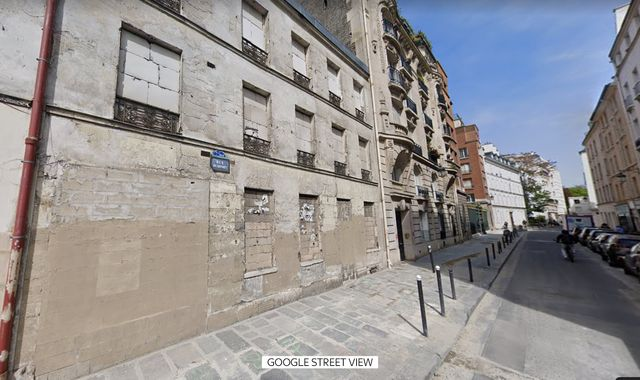 Thirty-year-old corpse found in derelict £30m Paris mansion near French PM's house