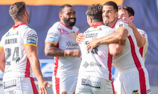 Super League: Talking points and team news for Saturday's matches