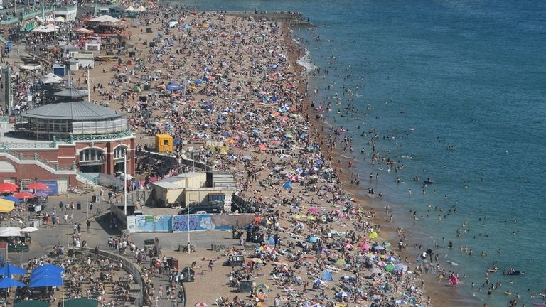 BRIGHTON, UNITED KINGDOM - AUGUST 07: Brighton beach is packed as the South of England basks in a summer heatwave on August 07, 2020 in Brighton, United Kingdom. (Photo by Mike Hewitt/Getty Images)
