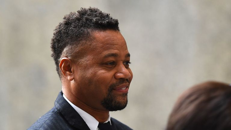 Actor Cuba Gooding Jr., (R rear) arrives for his trial on his sexual assault case on October 10, 2019, in New York City. (Photo by Johannes EISELE / AFP) (Photo by JOHANNES EISELE/AFP via Getty Images)