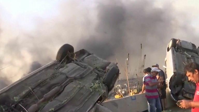beirut explosion overturned cars aftermath