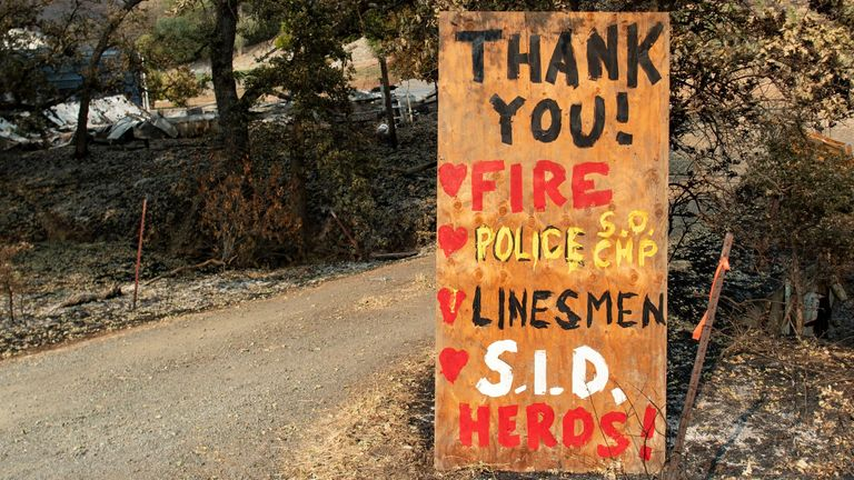 A sign thanking first responders in Bucktown, California