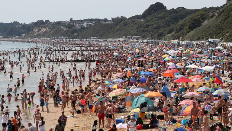 Thousands of people are soaking up the sun in Bournemouth