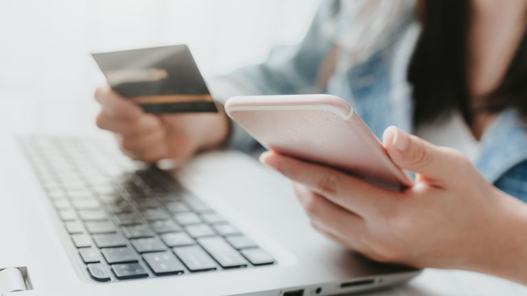Credit europe card respind tranzactii online