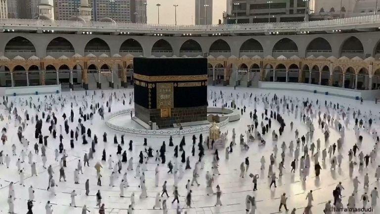 Pilgrims respect social distancing during final walk around the Kaaba CREDIT  SULTAN AL MASOUDI