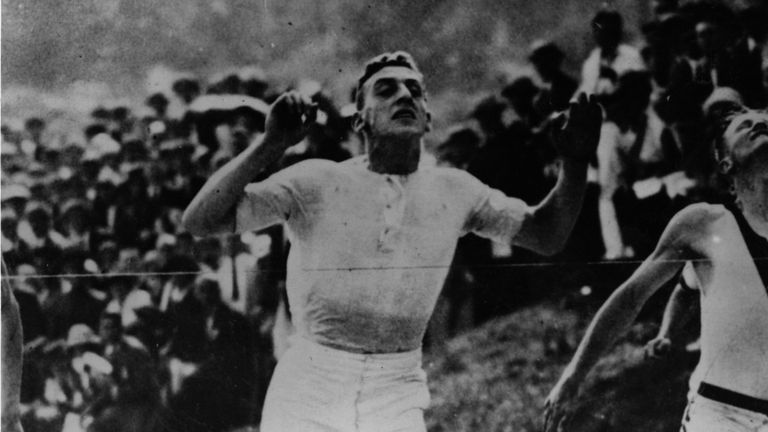 The real Harold Abrahams winning the 100m final in the 1924 Paris Olympics