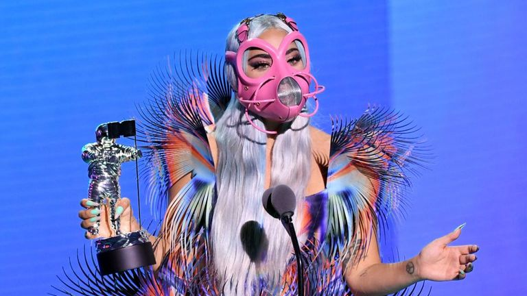Lady Gaga shows the world how to wear a face mask with attitude at this year's VMAs