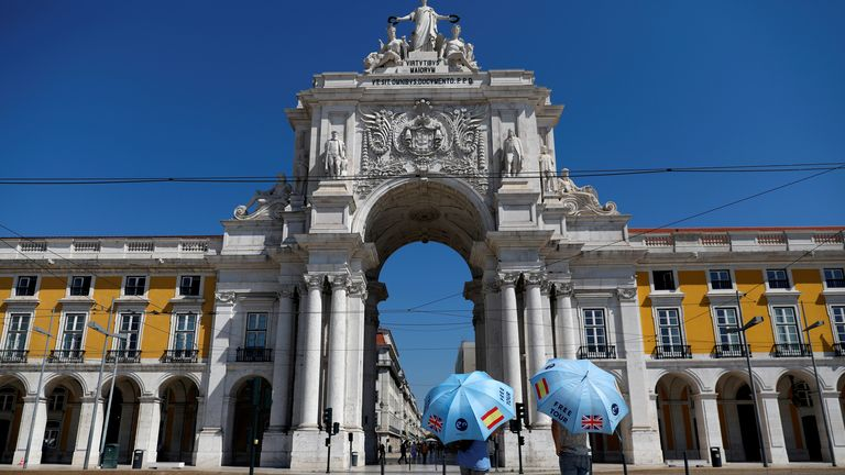 Tour guides struggle for customers in Lisbon after surge in coronavirus cases