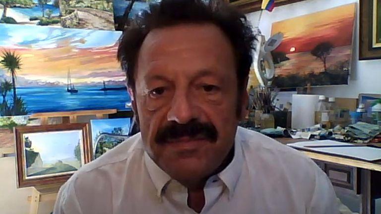 Roberto Sendoya Escobar