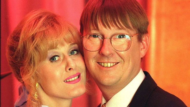 Raquel and Curly Watts, as played by Sarah Lancashire and Kevin Kennedy, in Coronation Street