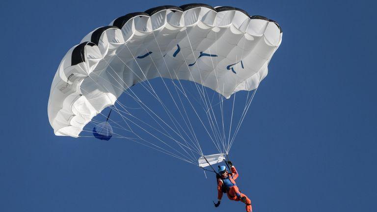Raphael Domjan in mid-air