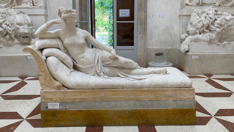 The statue lost three toes. Pic: Museo Gypsotheca Antonio Canova