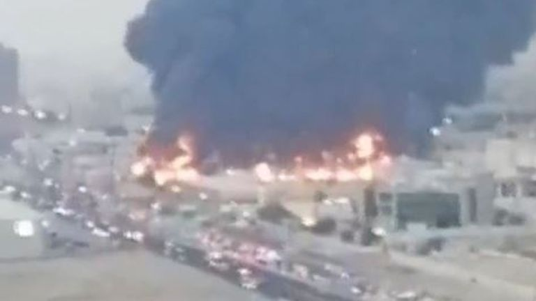 Thick black smoke billows up from fire at market in UAE