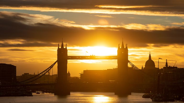 London is set to hit 33C