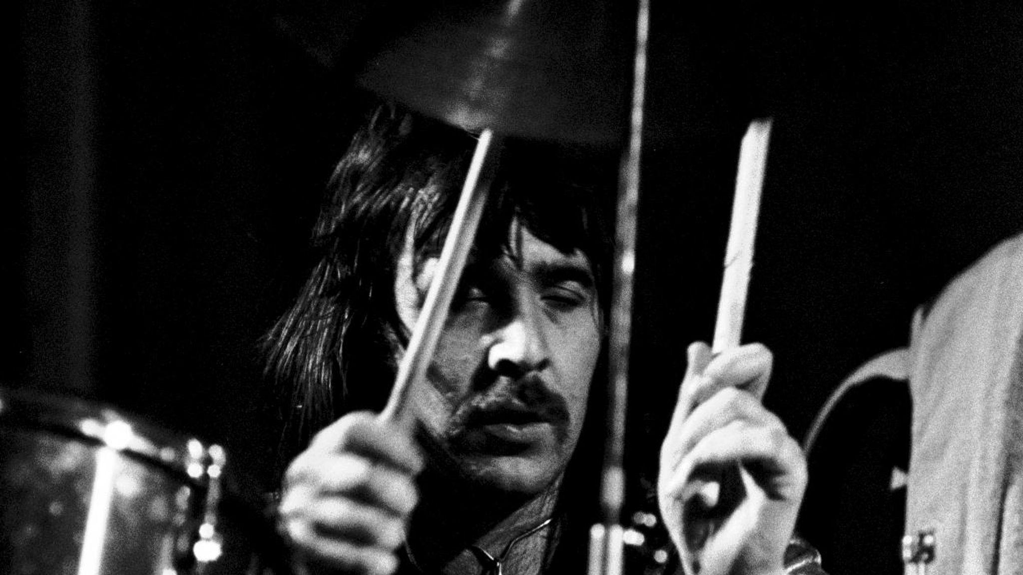 Lee Kerslake Drummer For Ozzy Osbourne And Uriah Heep Dies At 73 After Cancer Battle Ents Arts News Sky News